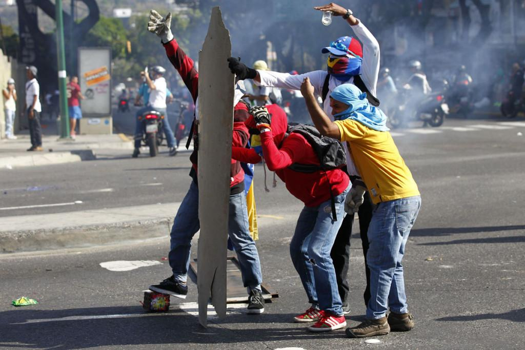 Venezuelan Protest Is Swiftly Growing