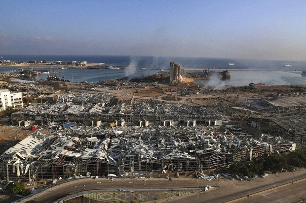 Deadly+Explosion+Devastates+Beirut%3B+Fault+Lines+Exposed+in+Lebanese+Government