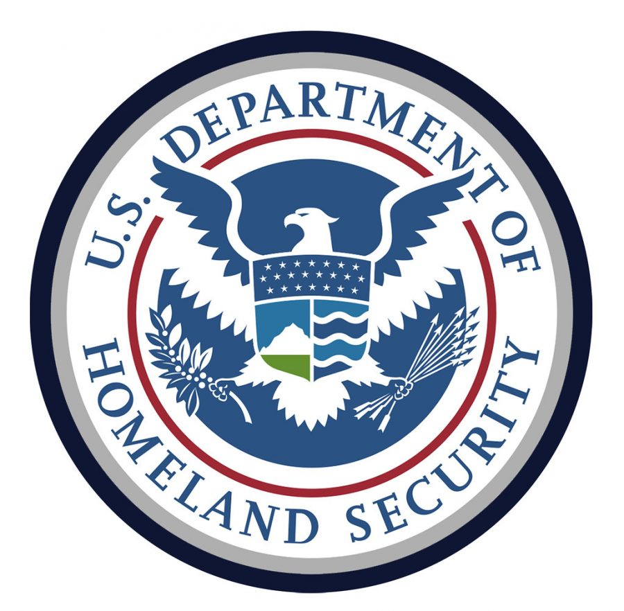 %22Department+of+Homeland+Security%22+by+DonkeyHotey+is+licensed+with+CC+BY+2.0.+To+view+a+copy+of+this+license%2C+visit+https%3A%2F%2Fcreativecommons.org%2Flicenses%2Fby%2F2.0%2F