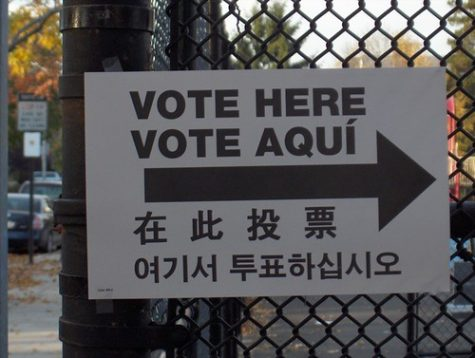 """-> Vote Here Vote Aquí ->"" by myJon is licensed with CC BY-NC-SA 2.0. To view a copy of this license, visit https://creativecommons.org/licenses/by-nc-sa/2.0/"